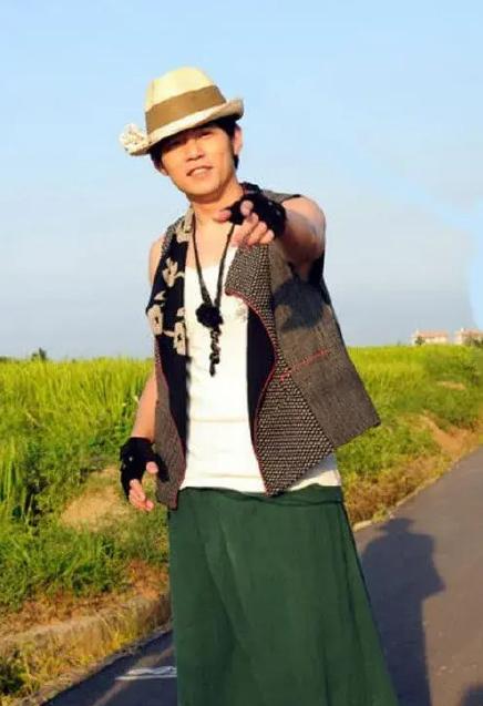 好棒的艺人!周杰伦的稻香是为汶川地震创作的 真的有被小公举暖到