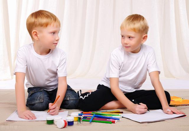 如何培养孩子独立解决问题的能力?睿智灯塔专家说正确引导很重要