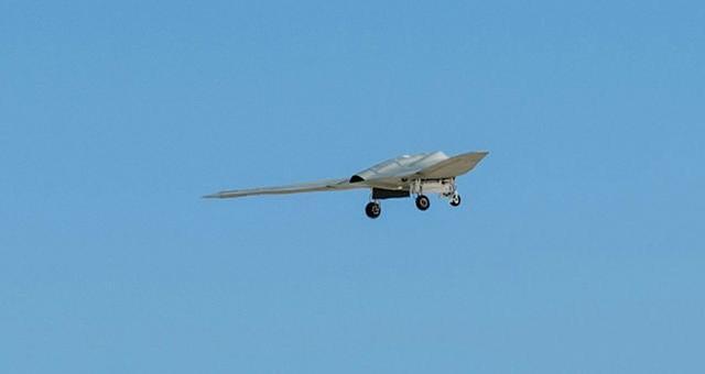 菲律宾周边疑现美军机密无人机,美媒:可跟踪中国部队,引导B-21打击