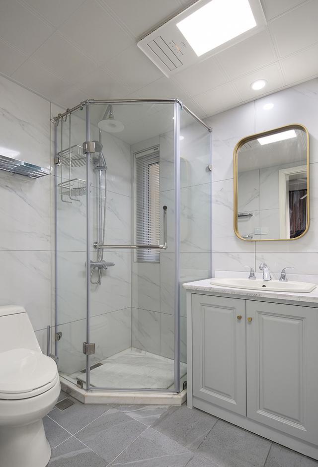 16个卫生间装修实景图,肯定有适当你家户型的那一款