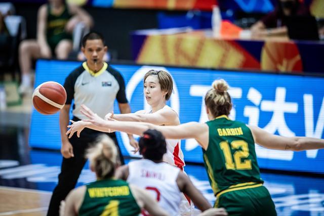 女篮亚洲杯-日本2分险胜澳大利亚第13次进决赛 将同中国争冠
