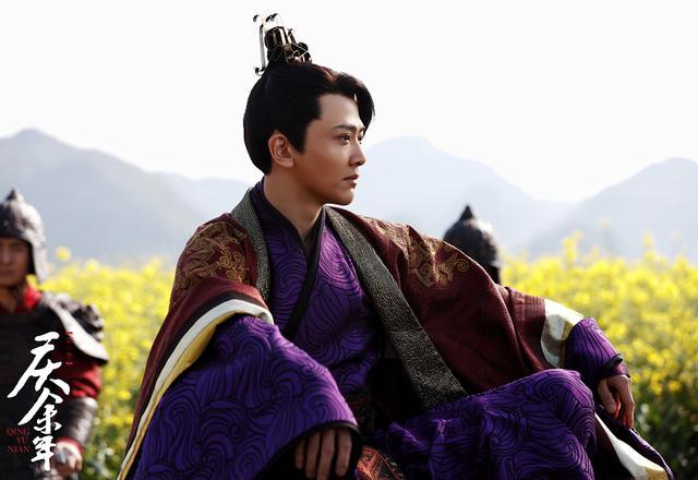 刘端端出道14年,却凭借《披哥》火了,事实证明:是金子总会发光
