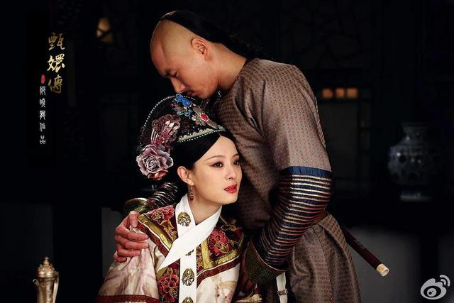 《如懿传》和《甄嬛传》那部剧才是近几年的宫剧之王