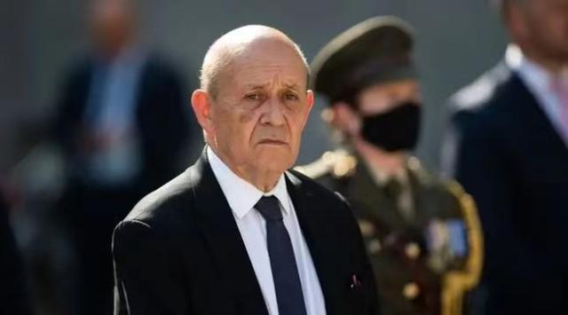 法国外长:撕毁潜艇协议是美国、澳大利亚对法国的重大失信和藐视