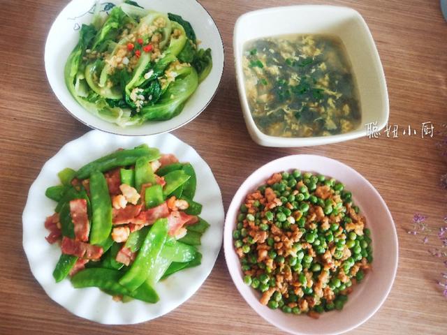 立夏后,小朋友的午餐这样吃,三菜一汤,时令菜最养人,简单美味