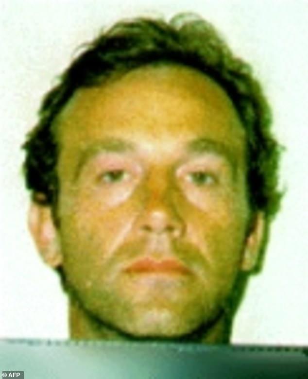 澳洲逃犯越狱30年后突然自首?疫情生活太惨还不如坐牢