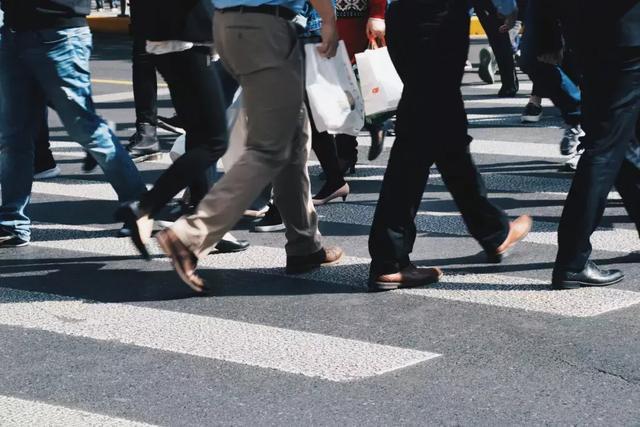 装修走业越来越难做,为什么很多大的公司都休业了?