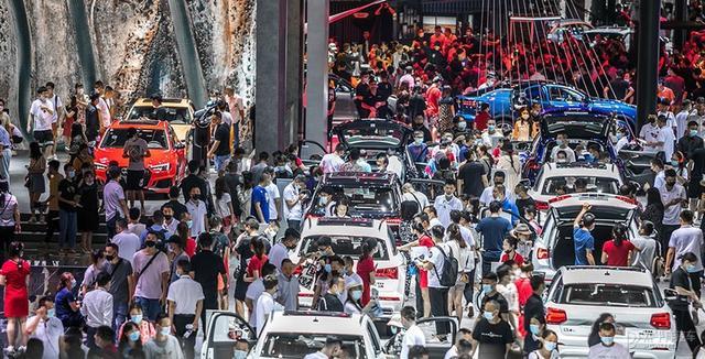 成都车展2013时间:2021成都国际车展将于8月27日开幕 为期10天