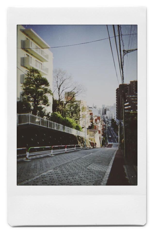 我在东京骑单车送外卖:时薪100,像活在日剧里