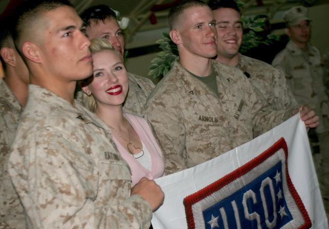 美国士兵的待遇有多好?抛开福利补贴,光基本工资就吊打俄军