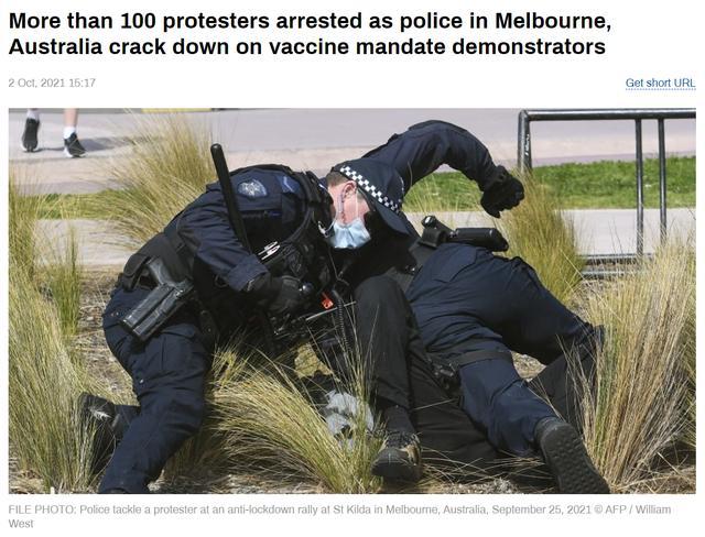 强硬镇压!澳大利亚警察逮捕上百名反疫苗强制令示威者:下次还抓