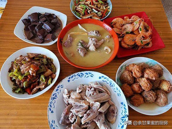 和婆婆一起做午餐,8道家常菜肴,鲜香味美,全家都爱吃