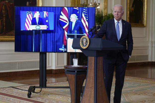 """澳大利亚""""潜艇门""""撕裂西方阵营:法国召回美澳大使,莫里斯为何突然""""反水""""?"""