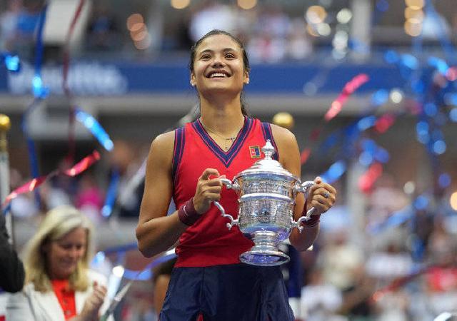 美网:勒杜卡努2-0费尔南德斯 首夺大满贯女单冠军