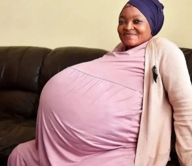 1胎生10個,這位37歲媽媽打破人類生育記錄,把自己都驚著了