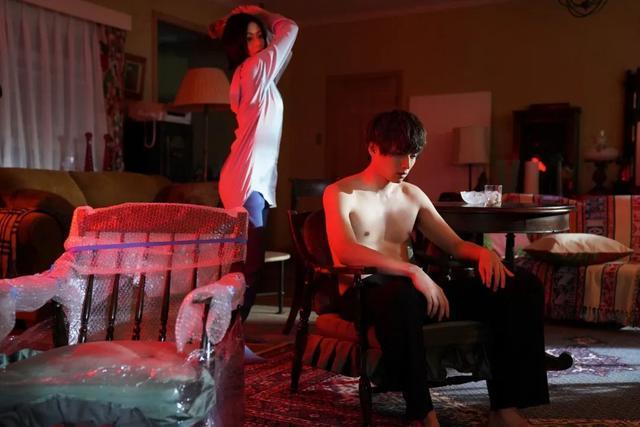 由本假屋唯香和白洲迅两人配相符的新剧,剧情酷似男版《富江》