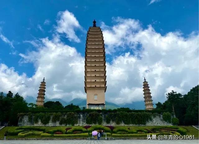 关于月亮的风景名胜:中国最美的风景(9)七彩云南的国家级风景名胜区