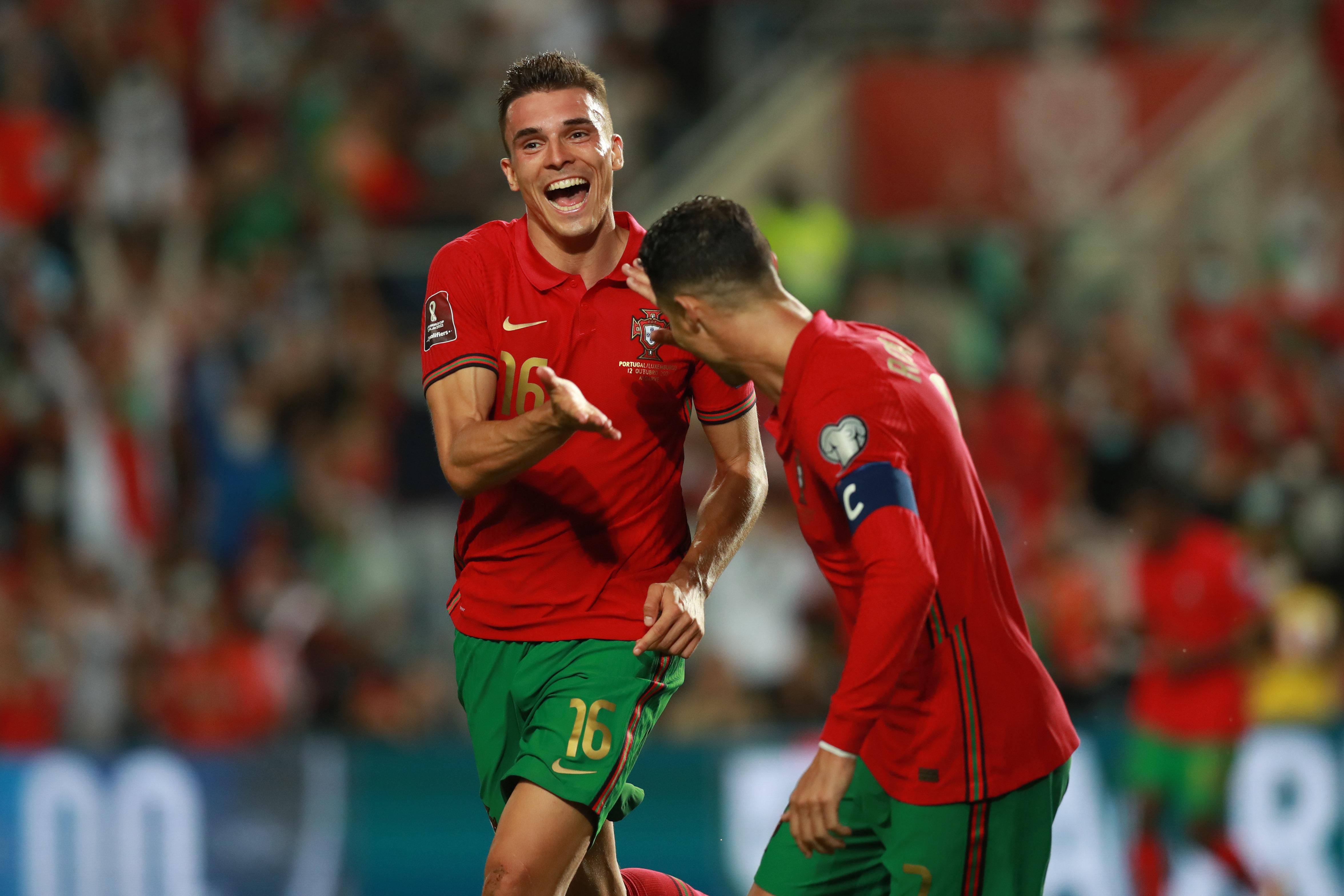 5-0!C罗又刷爆历史级神迹,直接送鱼腩出局,葡萄牙只剩1个对手