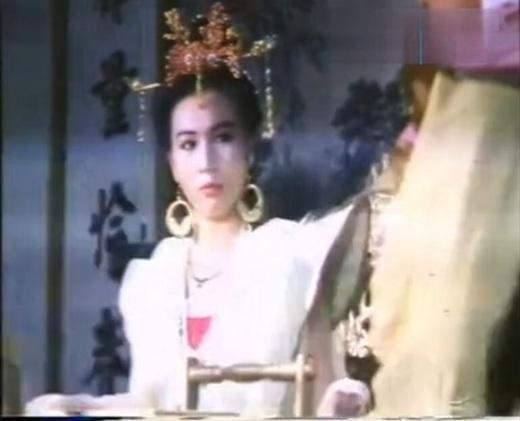 一代女皇一级片/一代女皇艳史影片剧照1