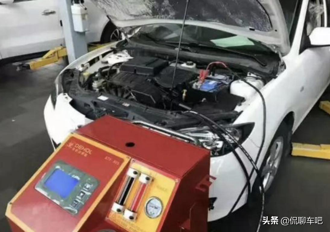 自动挡为什么不建议经常换波箱油?变速箱油到底多久更换才合适?