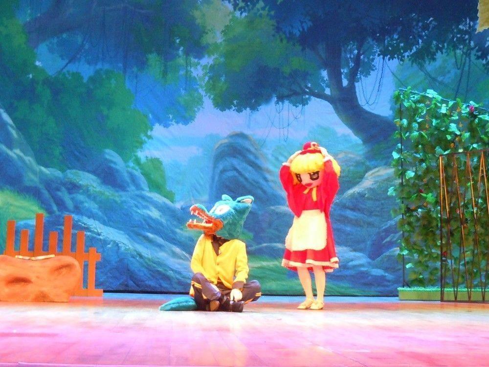 【8.25早上10:00场】限量30套!买一送一!29.9元抢原价200元小金娃儿童剧《小红帽》,千禧城艺术中心剧场开演!