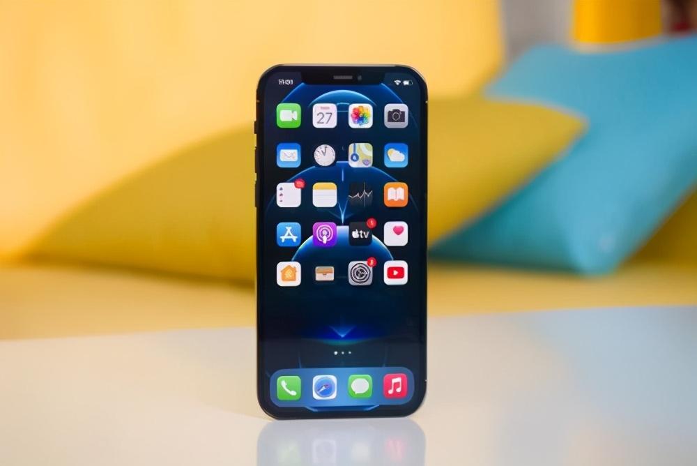 目前最好用的3款iPhone手机,性价比极高,有你在用的吗