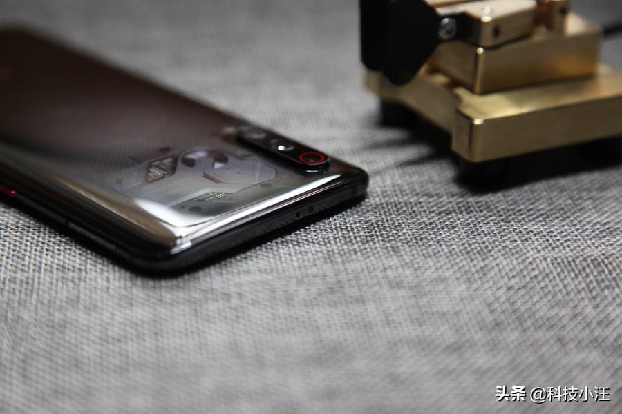 小米9这部手机用起来到底怎么样,为什么我会放弃小米8选择小米9