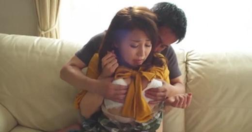 房间里的女人/我和姐夫的情欲[WEB网站直撸]影片剧照3