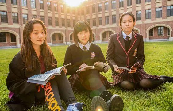 """无缘""""四校八大"""",我为孩子选择了国际学校,从体制内""""卷""""到体制外"""