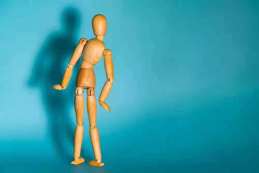 经常后背疼痛是什么原因 一招缓解腰背痛