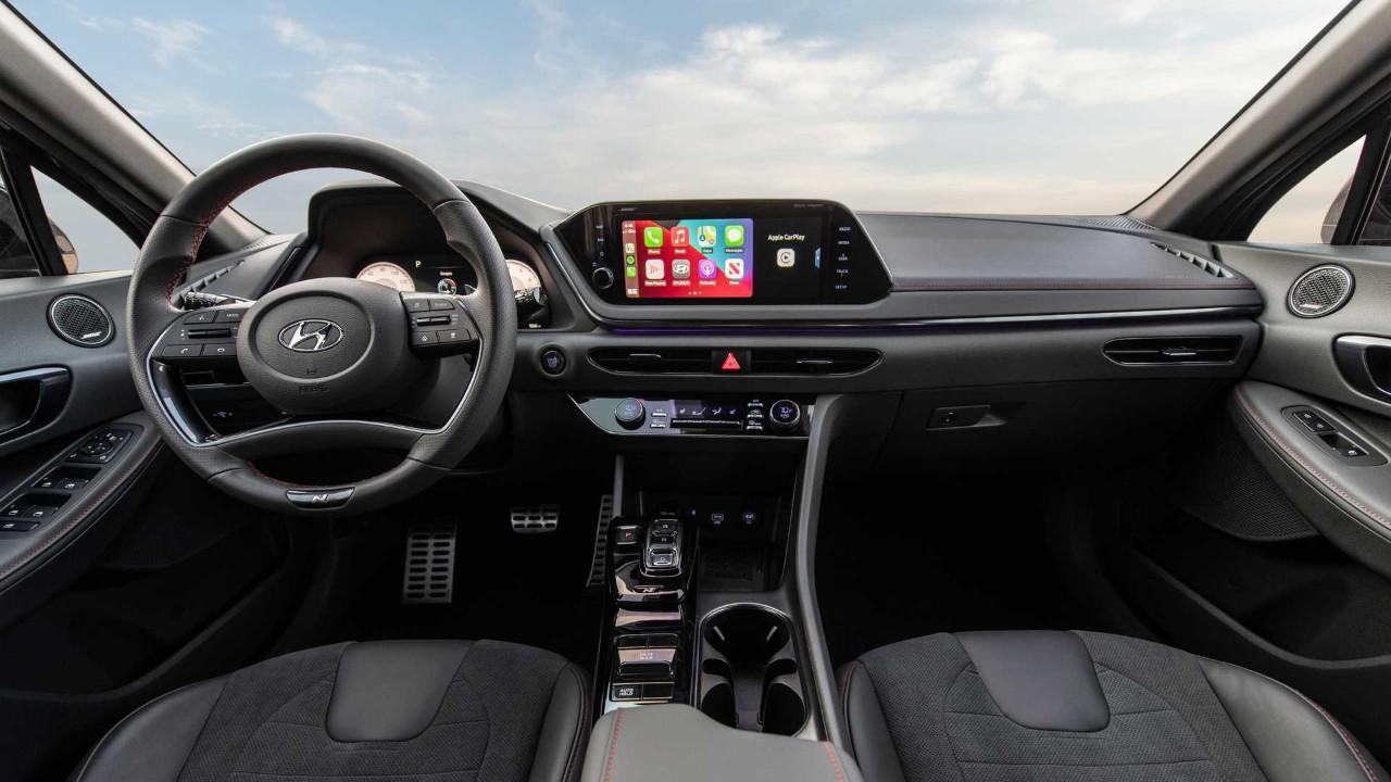 「汽车V报」现代索纳塔N Line暗夜版官图;富士康新车预告图发布-20211013-VDGER